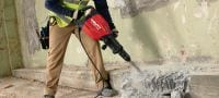 TE 1000-AVR Versatile TE-S demolition hammer for concrete floor breaking and occasional wall chiseling Applications 2